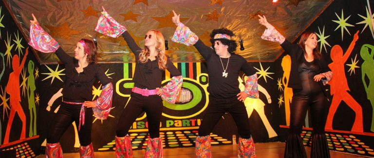 Read more about the article Kappensitzung 2018: Holzfeld im Disco-Fieber