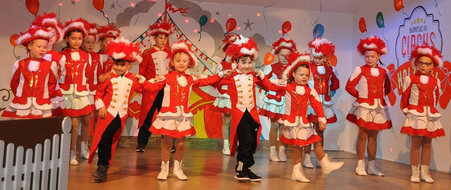 Kappensitzung 2020: Karneval im Circus Holzfelli