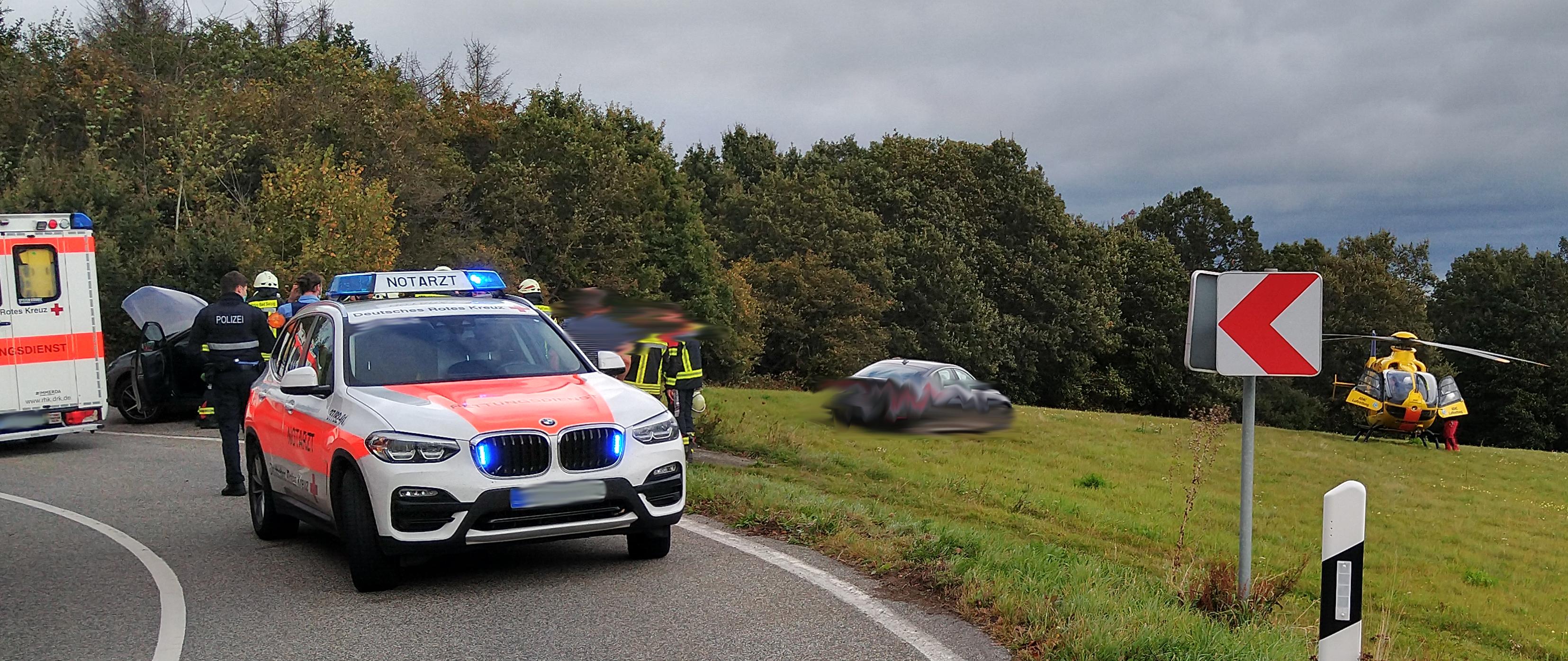 You are currently viewing Schwerer Verkehrsunfall zwischen Rheinbay und Weiler (Alarmstufe H2)